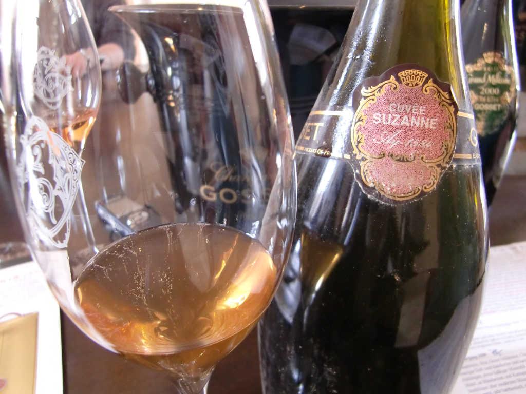 Verkostung eines alten raren Champagners Cuvee Suzanne von Gosset. Foto: Katrin Walter