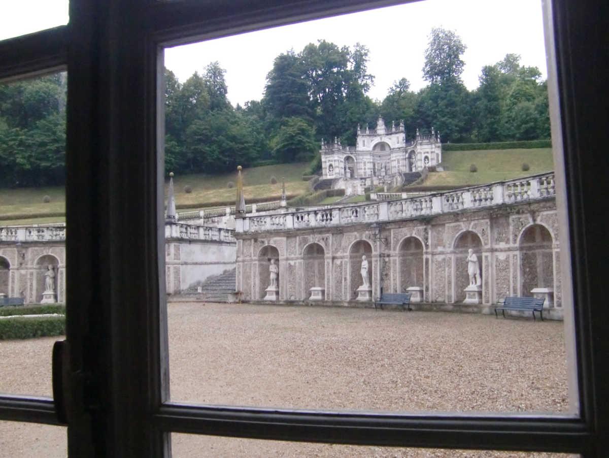 Schöne Aussicht auch hinten heruas aus der Villa della Regina in Turin. Foto: Katrin Walter - simply walter